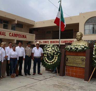 Conmemoran aniversario luctuoso del General Emiliano Zapata