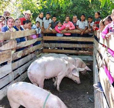 Beneficia Oscar Almaraz a zona ejidal