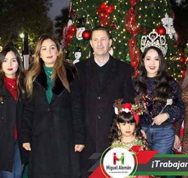 Con encendido del pino inauguran festividades
